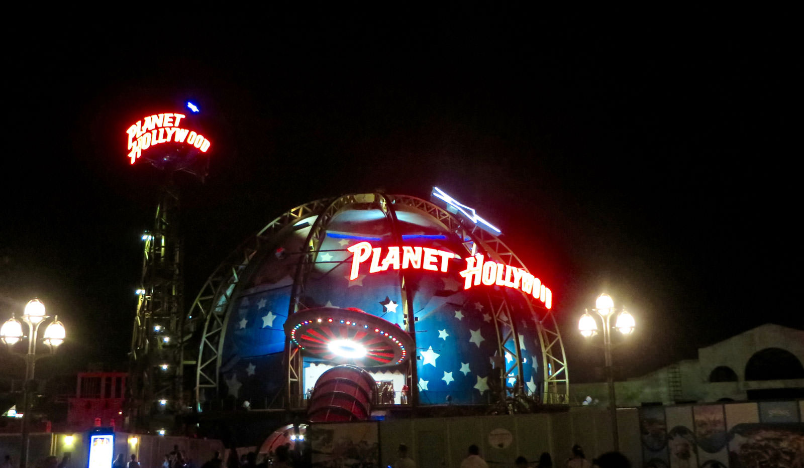 planet_hollywood - disney